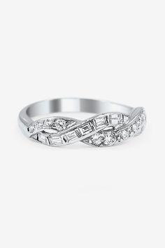The Una Ring
