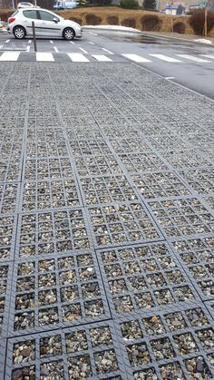 Pervious surface Drainage system, maybe good for pavement too. The pebbles stay in place. Urban Landscape, Landscape Design, Architecture Details, Landscape Architecture, Pavement Design, Paving Pattern, Paving Design, Landscape Materials, Rain Garden