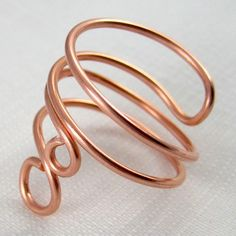 Wire Jewelry Easy Folded Wire Ring Tutorial — Jewelry Making Journal - Free jewelry tutorials, plus a friendly community sharing creative ideas for making and selling jewelry. Copper Jewelry, Wire Jewelry, Beaded Jewelry, Jewlery, Copper Wire, Craft Jewelry, Jewelry Tools, Bullet Jewelry, Copper Rings