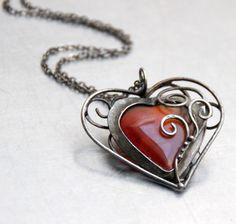NÁHRDELNÍK SRDEČNÍ ZÁLEŽITOST - oboustranný Pendant Necklace, Jewelry, Fashion, Moda, Jewlery, Jewerly, Fashion Styles, Schmuck, Jewels