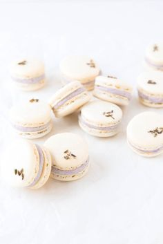 Lavender Coconut Macarons: summery coconut macarons filled with a fragrant lavender buttercream ooohhhh I wanna try! Macaroon Recipes, Dessert Recipes, Nut Free Macarons Recipe, Macaron Recipe Without Almond Flour, Macaroons Flavors, Coconut Macaroons, Broma Bakery, French Macaroons, Galletas Cookies