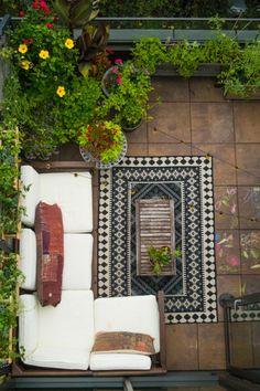 DOMINO:How to Grow a Lush Garden In The City ~ETS #garden