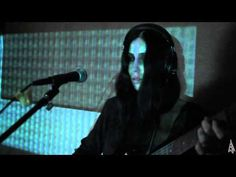 Chelsea Wolfe :: Tracks (Tall Bodies) + Pale On Pale