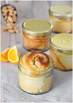 Kleines Kulinarium: Hefeteigschnecken im Glas - mit Orangen-Mandelfüllung