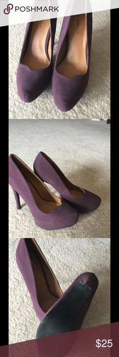 """Plum JF Lausanne Size 8, worn once, some discoloration on side as shows in picture, have not cleaned. They have been packed away for over a year during move. 5"""" heel, 1.5"""" hidden platform, super super comfortable JustFab Shoes Platforms"""