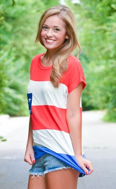 Stars and Stripes pocket tee https://belleboutiquenwa.com/american-flag-pckt-top-11220.html #xoxoBelle #americanflagtee #usa #summerfashion