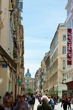 La rue Saint-Ferréol