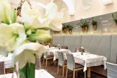 Restaurant TIAN Vienna - Experience Taste   Vienna Restaurant, Restaurants, Table Decorations, Travel, Home Decor, Gourmet, Viajes, Decoration Home, Room Decor