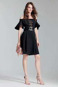 Modell Isabella Andersson ANNARITA N Shop  Online: collezione donna, abiti donna, giacche, magliette camicie, vestiti da sera e pantaloni. Italian fashion designer.