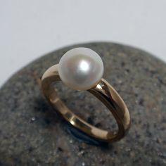 Pearl Ring – Unio Goldsmith Pearl Ring, Pearl Jewelry, Pearl Earrings, Dress Rings, Delicate Rings, Cocktail Rings, Gems, Pearls, Diamond