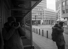 Wir sind 2 Hobbyfotografen aus Berlin die stetig aufs neue die Jagt nach Motiven startet. Besuchen Sie uns und lassen Sie sich von unseren Bildern in der Gallerie verzaubern. Berlin, People, Pictures, Folk, Berlin Germany