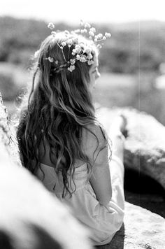 Flower crown: #hair #flowers: http://joecurtin.blogspot.com/2011/11/caravan-mag.html