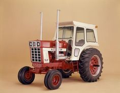 International 1568 Tractor.A rare 1568 with a white cab.These tractors along with the 1566 came with red cabs