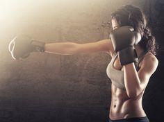 Uma modalidade, dois esportes. Você já ouviu falar do ballet fitness, da bambodança e até do crosscore. Agora, o esporte da vez é o Piloxing, uma combinação inteligente entre pilates e boxe. - Veja mais em: http://www.maisequilibrio.com.br/fitness/piloxing-conheca-a-modalidade-que-mistura-explosao-e-calmaria-m1115-50593.html?pinterest-mat