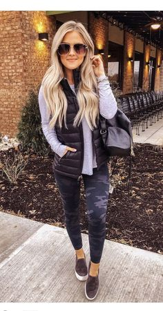 cute camo leggings outfit idea - - camo leggins for a cute comfy outfit Girls Fall Outfits, Casual Winter Outfits, Winter Fashion Outfits, Casual Fall Outfits, Classic Outfits, Fashion Clothes, Spring Fashion, Cute Comfy Outfits, Cool Outfits