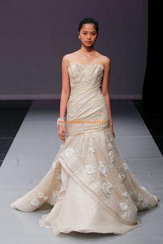 Exklusive Bodenlange Hochzeitskleider aus Organza