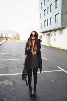 black on black, street style