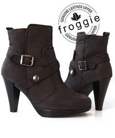 <ul>  <li>100%+Genuine+leather</li>  <li>Froggie+shoes+are+engineered+for+comfort.</li>  <li>Beautifully+styled+from+quality+genuine+leather.</li>  <li>Cushioned+soles+ensure+all+day+comfort.</li>  </ul>