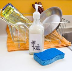 DIY Dish soap recipe. What You'll Need: •	2-1/2 cups boiling water •	1 tablespoon Borax •	1 tablespoon washing soda •	2 tablespoons white distilled vinegar •	1/2 cup liquid castile soap •	10 drops essential oil (optional) •	Mixing bowl •	Measuring cups and spoons •	Whisk •	Plastic or glass container
