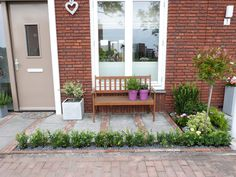 Het Brocante-Schelpenhuisje: Voortuin Sustainability, Deck, Patio, Outdoor Decor, Gardens, Home Decor, Balcony, Decoration Home, Room Decor