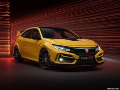 Honda announces the limited edition special edition of the 2021 Civic Type R. The Honda Civic Type R Limited Edition is made in yellow only and stands…. Honda Civic Type R, Renault Megane Rs Trophy, Honda Car Models, Console Centrale, Bbs Wheels, Hatchbacks, Auto Motor Sport, Tonneau Cover, Nsx