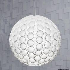 Customiser une boule japonaise en papier