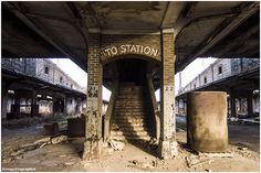 The Forgotten Staircases of Abandoned Buildings [PHOTOS ...