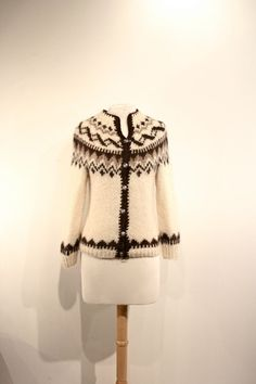knit wool sweater icelandic fireside size small by ChicOrigins, $22.00