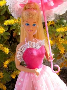 1985 Dream Glow Barbie I still have her!  my favorite :)