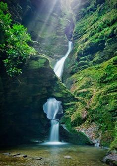 Over summer I would like travel to Cornwall,maybe start with the North. Enchanting waterfall at St Nectan's Kieve near Tintagel, North Cornwall, England Oh The Places You'll Go, Places To Travel, Places To Visit, Vacation Places, Travel Destinations, Beautiful Waterfalls, Beautiful Landscapes, Cornwall England, North Cornwall