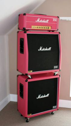 Pink Marshall amp....lol who cares what color it is this is a really nice stack ha ha #vintageandrare #vintageguitars #vandr