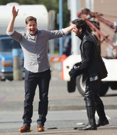 Colin O'Donoghue / Killian Jones / Capitan Hook  /Josh Dallas set 4x1 Once Upon A Time - C'era Una volta 2014 If you take place like thanks Miriam
