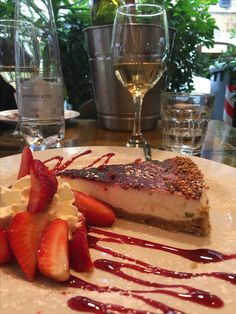 The worlds best cheesecake is served at Trattoria ll Ponentino in Rome