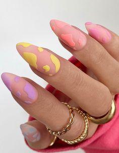 Almond Nail Art, Almond Acrylic Nails, Best Acrylic Nails, Simple Acrylic Nails, Acrylic Nail Designs, Cute Almond Nails, Short Almond Nails, Colorful Nails, Edgy Nails