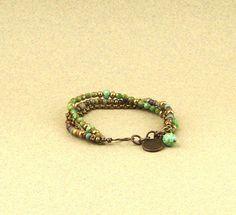 Bracelet wrap perles de Bohème turquoise/émeraude, chaîne, style boho : Bracelet par lounah
