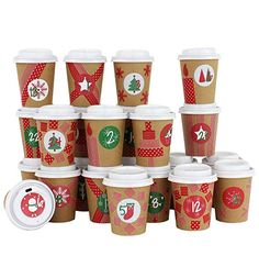 : Papierdrachen DIY Advent Calendar Coffee Cups - for You to Assemble and Fill Yourself - Traditional red and Green - 24 Coffee to Go Cups: Home & Kitchen Coffee To Go Cup, Coffee Cups, Design Set, Kaffee To Go, Santa Breakfast, Diy Advent Calendar, Christmas Presents, Traditional, Tableware