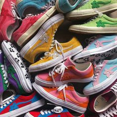 May 2020 - Aesthetic vintage art hoe trendy casual cool edgy outfit fashion style idea ideas inspo inspiration for school for women winter summer golf le fleur shoes sneakers tyler the creator clothing line Sock Shoes, Cute Shoes, Me Too Shoes, Golf Le Fleur Shoes, Aesthetic Shoes, Urban Aesthetic, Aesthetic Vintage, Edgy Outfits, High End Fashion