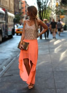 gorgeous neon high low skirt, paired with nude top, summer fashion Looks Street Style, Looks Style, Look Fashion, Fashion Beauty, Womens Fashion, Fashion Ideas, Skirt Fashion, Fashion Fashion, Coral Fashion