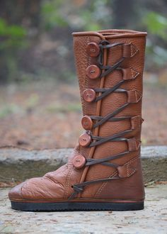 Hey, I found this really awesome Etsy listing at https://www.etsy.com/listing/213035743/genuine-buffalo-moccasin-boots-unisex