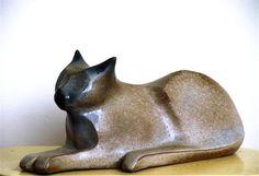 Ceramic sculpture by Dutch artist Thea Leo (1955-2010)