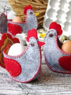 Easter Crafts To Sell Felt Embroidery, Felt Applique, Felt Crafts Diy, Crafts To Sell, Easter Projects, Easter Crafts, Chicken Crafts, Diy Ostern, Felt Birds