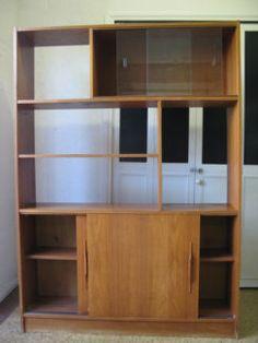 $120 RETRO Timber WALL UNIT Kitchen Storage Shelf 122x28x170cm Text 0411691171 or email info@bitspencer.com