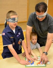 Cool ideas for Scouts. Ideas for den/pack meeting or even BnG: putting puzzles together blindfolded/one person isn't. Cub Scouts Wolf, Beaver Scouts, Tiger Scouts, Cub Scout Games, Cub Scout Activities, Fun Activities, Scout Mom, Girl Scouts, Cub Scout Crafts