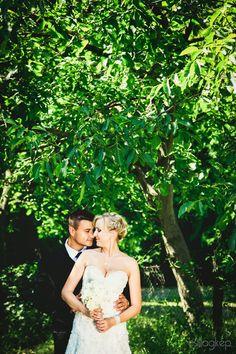 természetes, könnyed. élveztem ezt a fotózást. :) Girls Dresses, Flower Girl Dresses, Wedding Dresses, Flowers, Fashion, Dresses Of Girls, Bride Dresses, Moda, Bridal Gowns