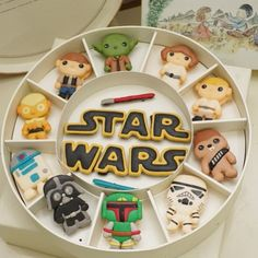 Cute Cookies, Cupcake Cookies, Cute Desserts, Dessert Recipes, Cookie Recipes For Kids, Cute Baking, Star Wars Cake, Macaron Recipe, Cookie Designs