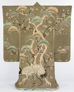 Kimono, Japan, 1850-1900. I'd love to try on a kimono one day!