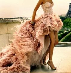 Ash - can this please be your wedding dress? Chic Special Design, Pale pink High-low Feather Wedding Dress by Zuhair Murad Haute Couture Fall Winter Collection Pretty Dresses, Beautiful Dresses, Gorgeous Dress, Gorgeous Gorgeous, Amazing Dresses, Beautiful Clothes, Pretty Clothes, I'm Fabulous, Look Fashion
