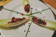 Chicorée Schiffchen gefüllt mit Linsensalat / endive boat filled with lentil salad Different Salads, Lentil Salad, Lentils, Boat, Recipies, Dinghy, Lenses, Boats, Ship