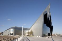 Zaha Hadid Architects' Riverside Museum of Transport and Travel Completed   Alan McAteer Photography/Alan McAteer
