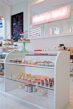 inspa for pink patisserie. Cake Shop Design, Coffee Shop Design, Bakery Design, Cafe Design, Bakery Decor, Bakery Interior, Bakery Display, Cupcake Shop Interior, Bakery Ideas